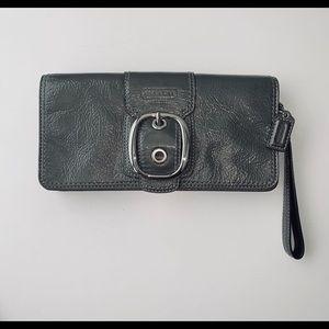 Coach Bleeker Large Patent Leather Clutch Wristlet